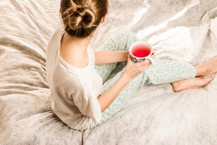 LUGEJA KÜSIB: kas mul on võimalik samaaegselt nii puhkusel kui haiguslehel olla?
