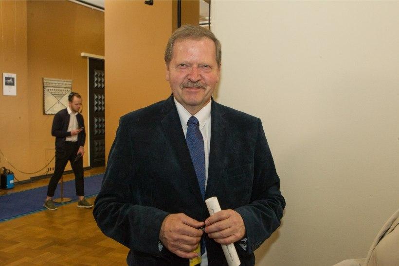 Politoloog Toomla ei usu, et minister Järviku umbusaldamine läbi läheb
