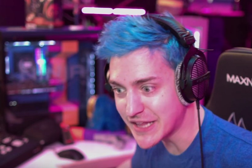 "NINJA ON RAEVUS: kupatage need bot'id ""Fortnite'ist"" minema!"