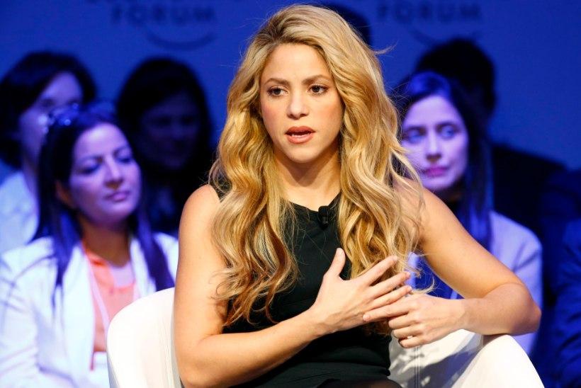 MUST MASENDUS: Shakira kartis, et ei laula enam iial