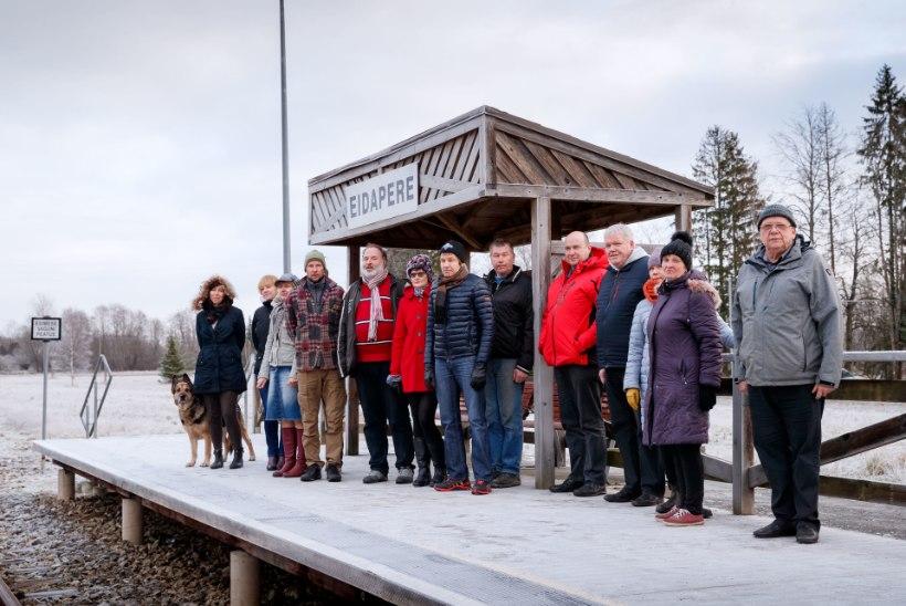 """Raudteeühenduseta jäänud Eidapere koolidirektor: """"Nii me elamegi. Igatseme ronge ja harjume bussidega."""""""