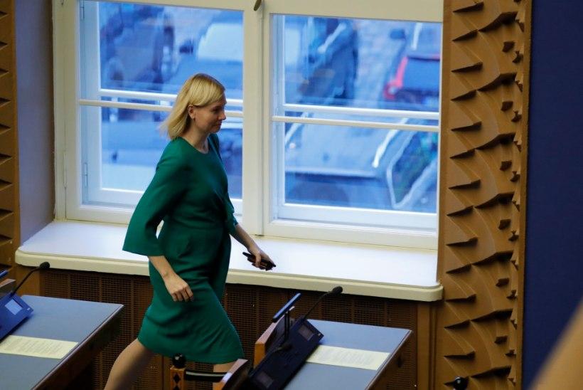 FOTOD | PALJU ÕNNE! Riigikogu liige Riina Sikkut on beebiootel