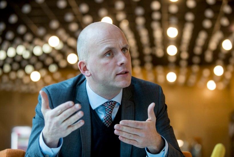 Neljaliikmeline komisjon hakkab uurima Mart Järviku maaeluministeeriumis toimunut