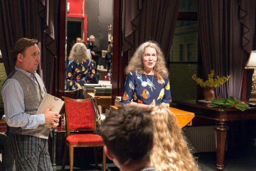 """""""Pille-Riin Purje on istunud Linnateatri saalis """"Karinit ja Indrekut"""" vaadates kokku seitse ööpäeva."""""""