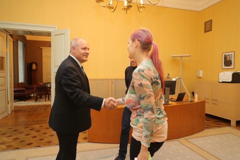 GALERII   Rahvaalgatus jõudis riigikokku: tõstame Estonia vraki üles