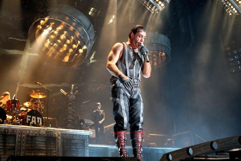 VIDEO | Rammsteini solisti uue loo visuaal on üles võetud Rummu karjääris