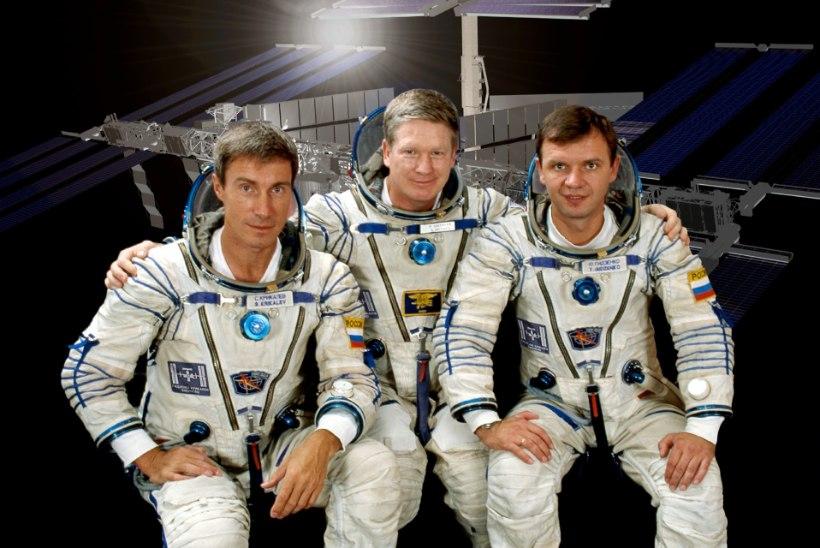 MINEVIKUHETK | 2. november: rahvusvahelisse kosmosejaama saabusid esimesed elanikud