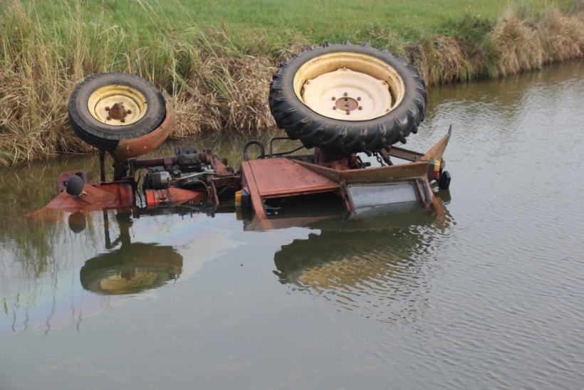 FOTOD | Tartumaal leiti tiiki uppunud traktorist mehe surnukeha