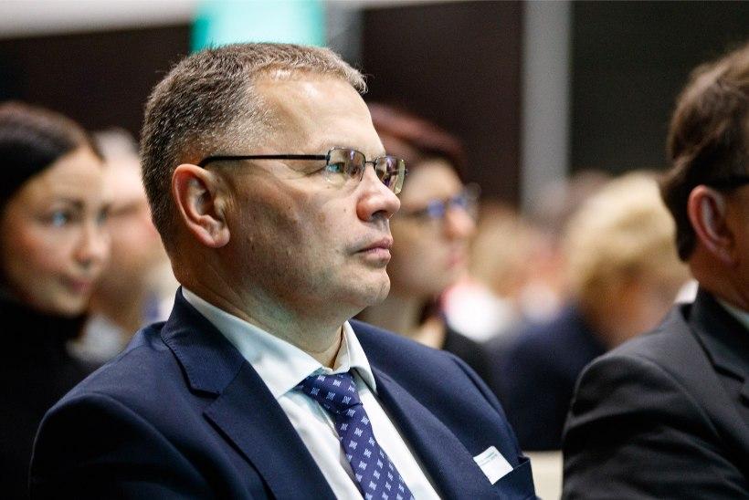 Mart Järvik saatis valitsusele paberid, et vabastadakantsler Illar Lemetti