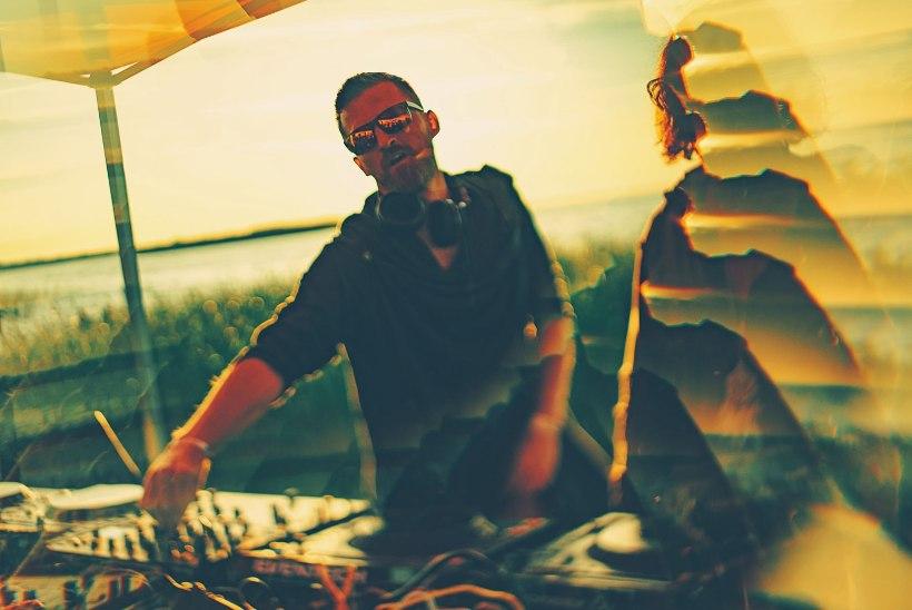 """PUUDUTA MIND"" | DJ Sten Roosvald ekstaatilisest tantsust: homme pole pohmakat, sest täna olen kaine!"