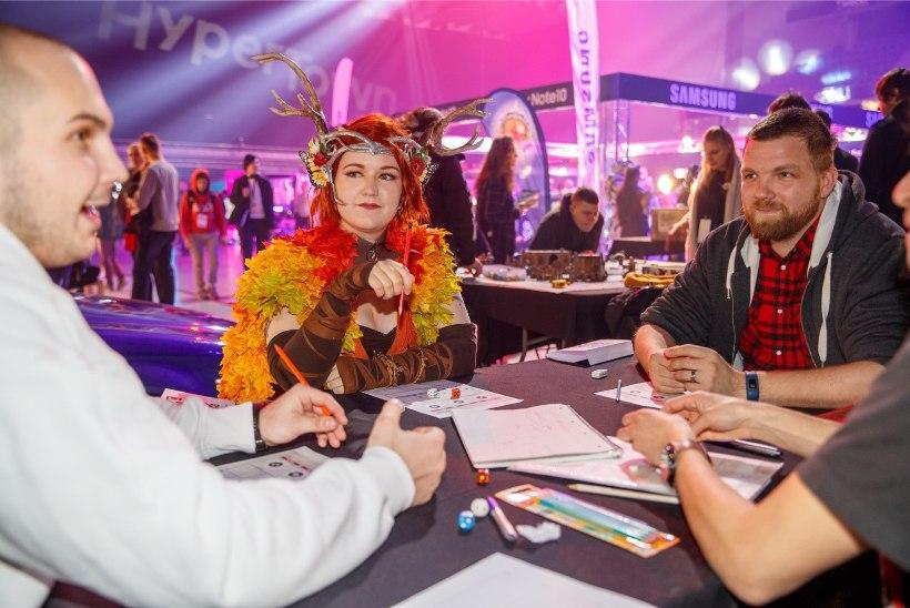 ÕL VIDEO JA GALERII   E-spordifestival HyperTown – tuleleegid, isesõitev buss ja B.A. Baracus