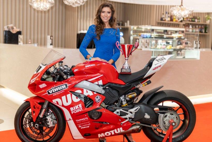 Hooaja parimaks motosportlaseks valiti Anastassia Kovalenko