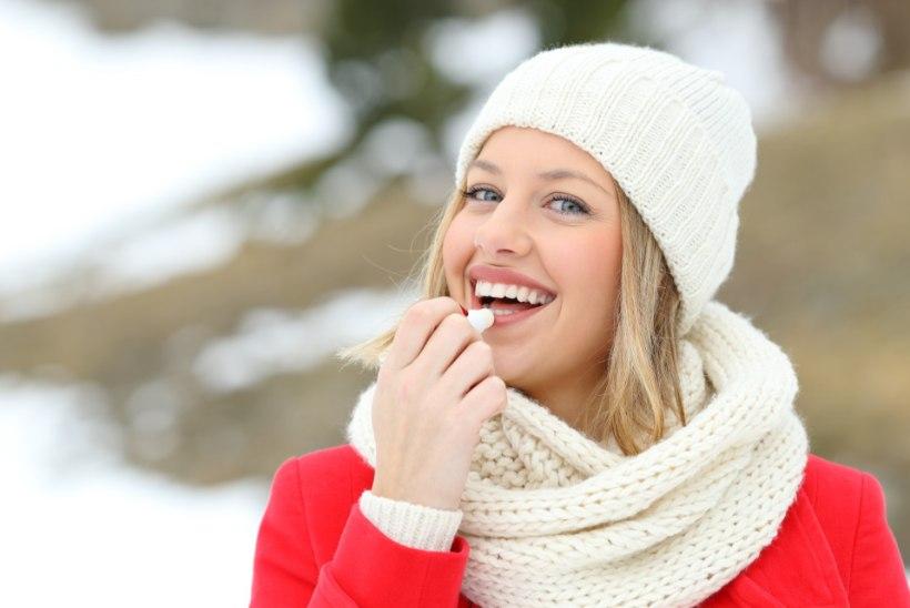 NAISTELEHT TESTIB | Milline palsam teeb huulenaha pehmeks?