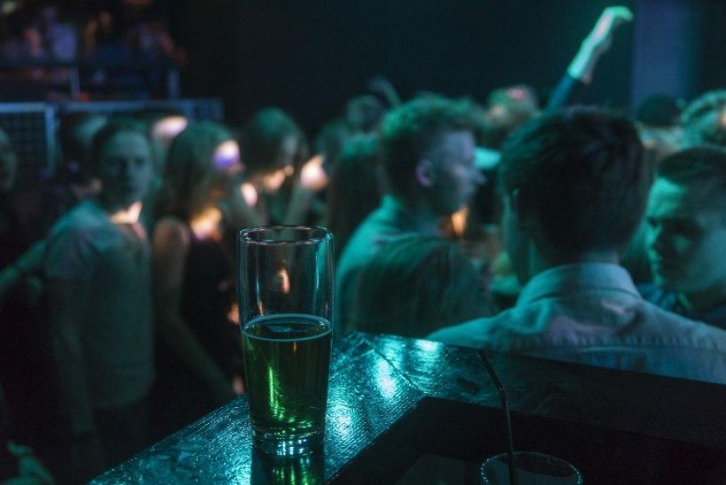 Linnavalitsus loobus Tallinna alkoholimüügi piirangu eelnõust