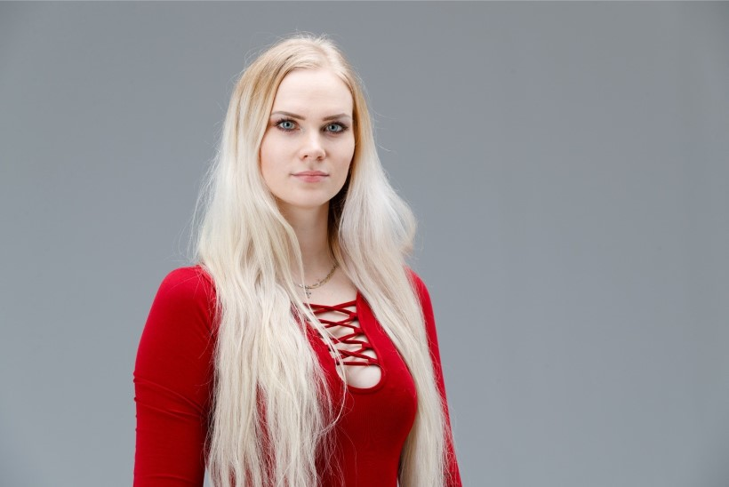 HELENI BEEBIBLOGI | Kõmumeedial on tore minust stereotüüpset lolli blondiini kuvandit hoida