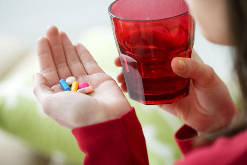 UUED RAVIMID ON AINA KALLIMAD: kuidas muuta need haigetele siiski kättesaadavaks?