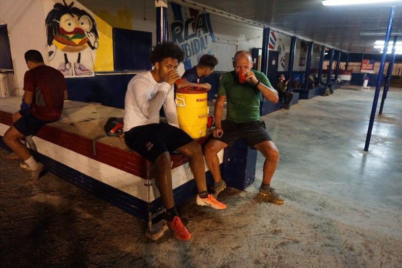 PÖÖRANE EKSPERIMENT | Pürgimine Aruba kõrgliigasse: ootused, pettumused ja imeline kutse