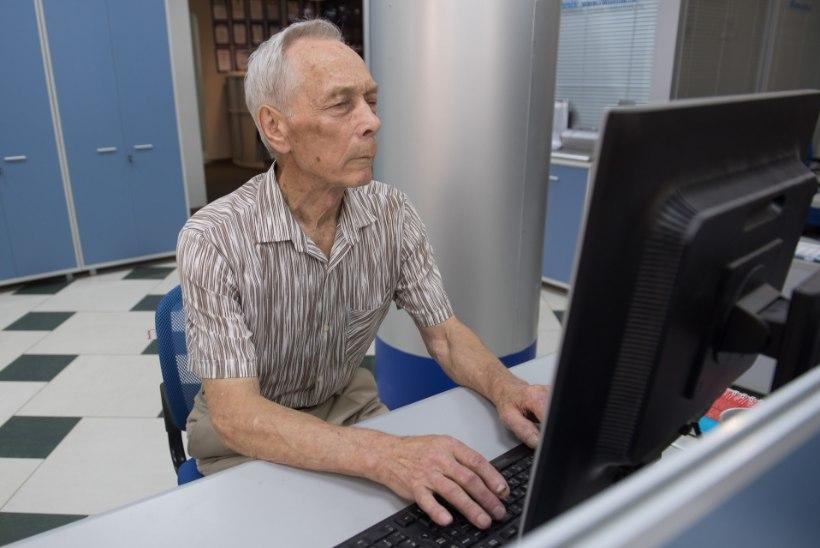 EAKATE E-MURED: kuidas näha oma terviseandmeid ja kas raamatukogutöötajale võib usaldada PIN-koodid