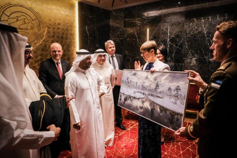 FOTOD | Vaata, mida kinkis president Kersti Kaljulaid Kuiveidi riigijuhtidele