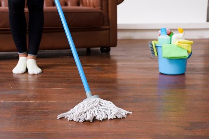 Spetsialistid soovitavad: nii saab sinu põrand lihtsalt puhtaks