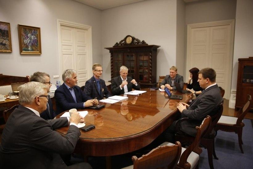Peaminister kiidab põllumehi, aga toimetulekutoetust ikka juurde ei anna