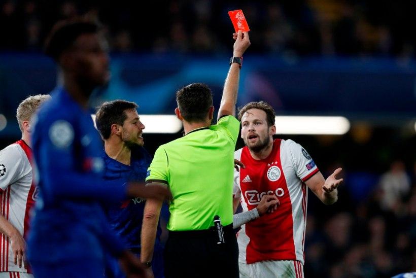 USKUMATU! Ajax sai sisuliselt ühe hoobiga kaks punast, Chelsea ronis 1 : 4 kaotusseisust välja