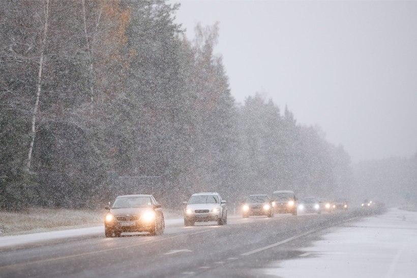 ETTEVAATUST! Lörtsi- ja lumesadu muudab teeolud Lõuna-Eestis keeruliseks