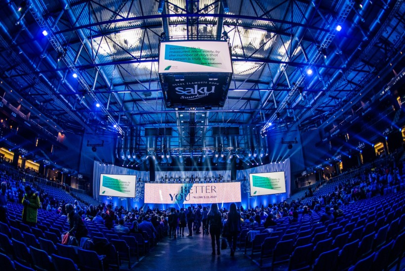 GALERII | Guru Robin Sharma Eesti suurimal seminaril: ohvrid ei muuda maailma!