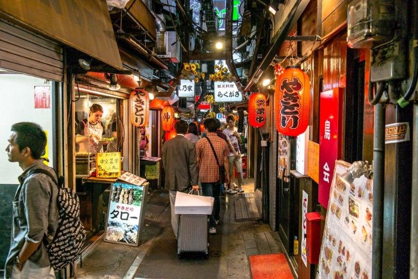 Suundud Jaapanisse? Varu kõvasti sularaha, aga restoranis ära tippi anna