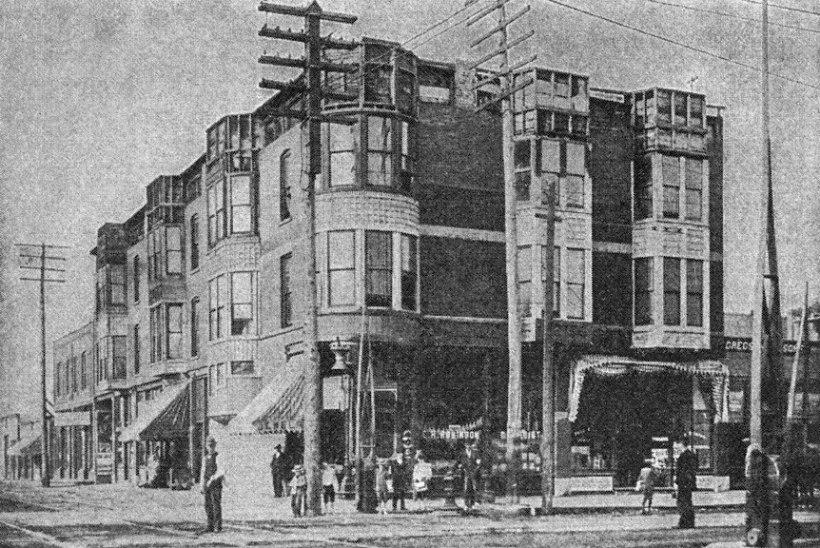 """AJALOO VÕIKAMAD MÕRTSUKAD   H. H. Holmes pidas Chicagos """"õuduste hotelli"""""""