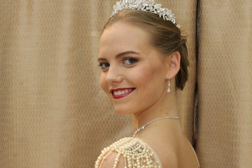 PILDID | Eestit esindab rahvusvahelisel iludusvõistlusel kaunis viiuldaja Adriana Mass