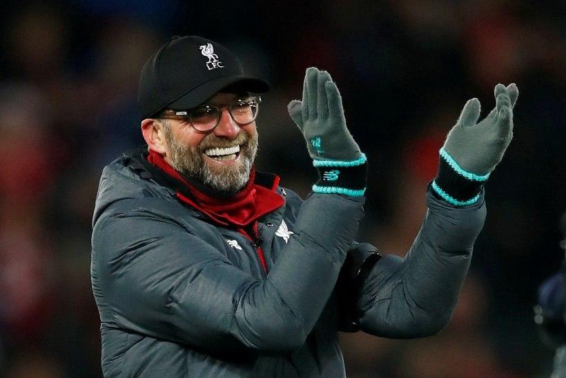 FC Liverpool sai varajase jõulukingi