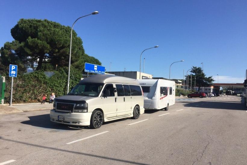 Tänaku triumfi vaatamas käinud Eesti pere jäi Hispaanias lõksu. Auto tuli sinna jätta ja lennukiga koju tulla