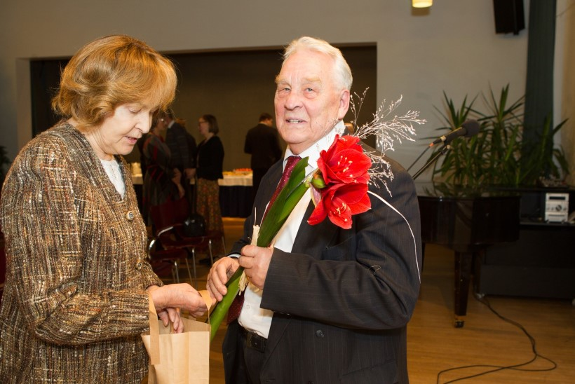 GALERII | Kirjanike majas tähistati Arvo Valtoni 84. sünnipäeva