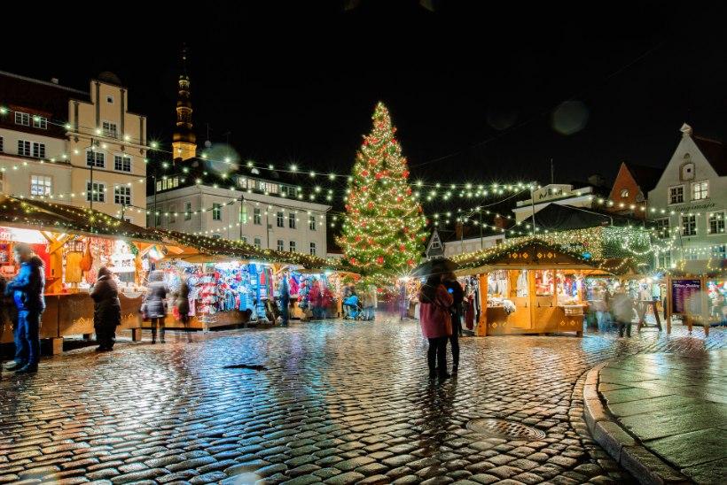FOTOVAATLUS   Oh, jõulupuu, su valgus on nii hiilgav – sellised on 13 Eesti linna kuused!