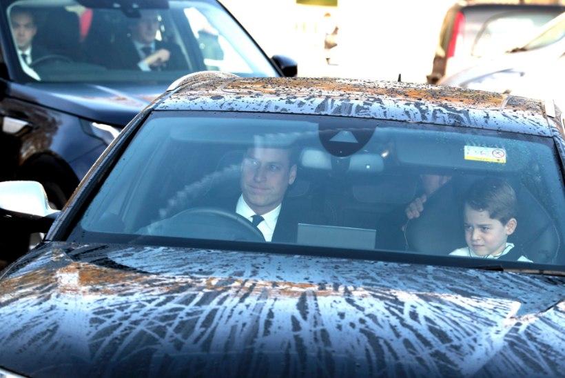 TÕESTI TÜLI MAJAS? Prints William ja Kate saabusid jõulupeole eri autodes