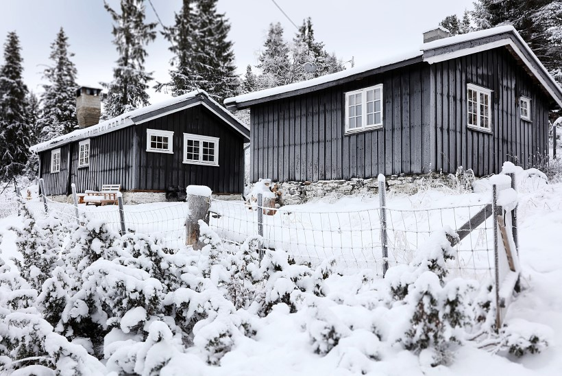 FOTOLUGU | Rahvuspargis asuv hubane majake hurmab oma lihtsusega