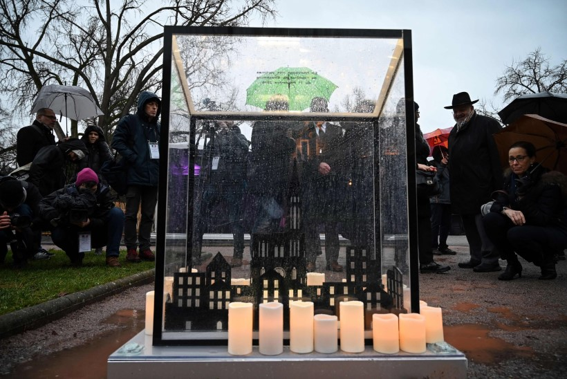 AASTA HILJEM: Strasbourgi elanikud tahaks terrorirünnaku unustada, aga seda ei lubata
