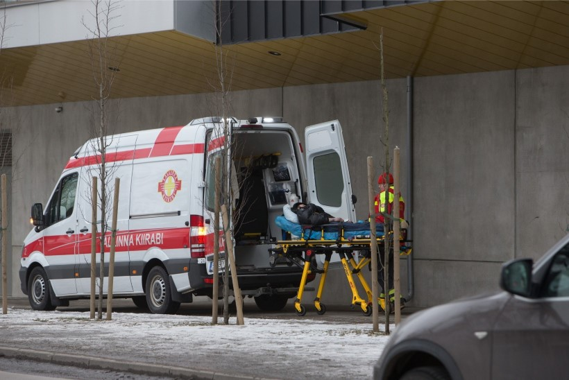 Eesti kiirabi viis Läti perekonna Valmiera haiglasse, sest Läti kiirabi ei teinud seda