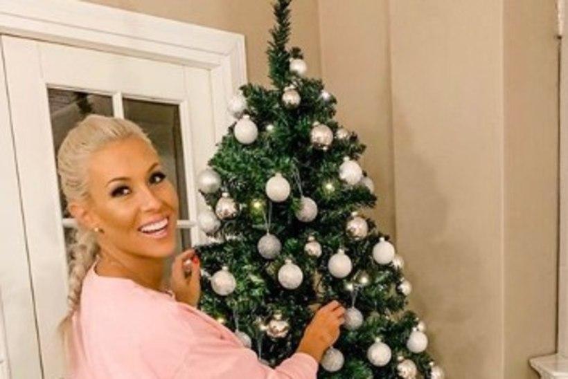 Soome ralliässa ekspruut demonstreerib oma šikki jõulupuud