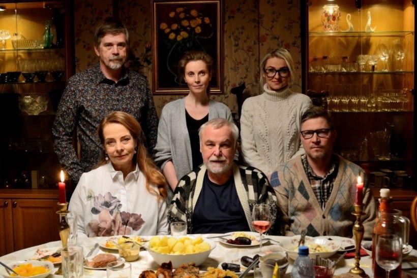 Jõulud toovad teleprogrammi Kersna, dokumentaali Jane Paberitist ja traditsioonilised pühadefilmid