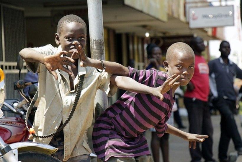 JÄRGMINE PEATUS | Ugandas elanud eestlanna: puuetega inimesi peetakse ikka veel nõidadeks