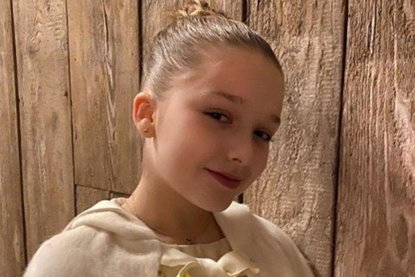 EMASSE! Victoria Beckhami tütar disainis oma ristimiskleidi ise