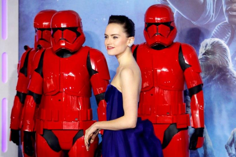 """Uus """"Tähesõdade"""" film teenis nädalaga pool miljardit dollarit"""
