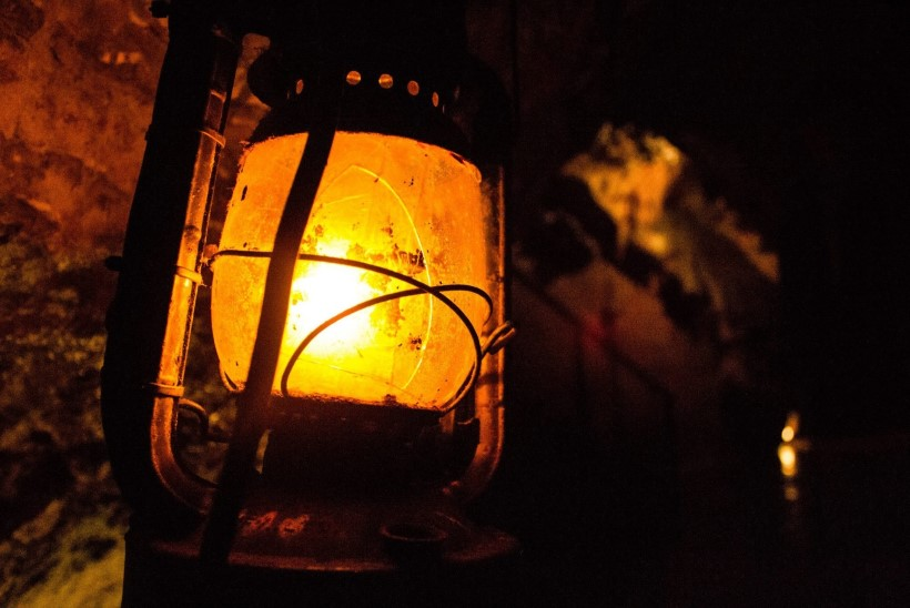 Täna ajaloos: Tallinnas süüdati esimest korda gaasilaternad
