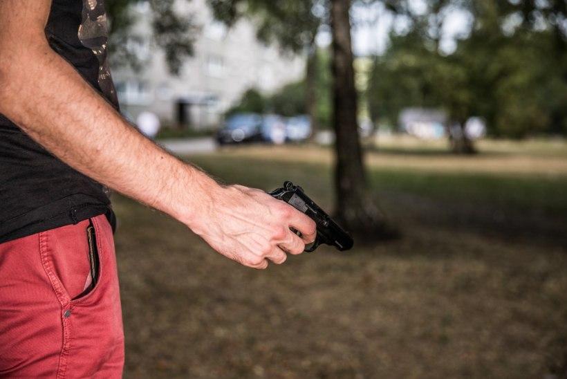 Harjumaal tulistas mees stardipüstolist lasu politseinike suunas