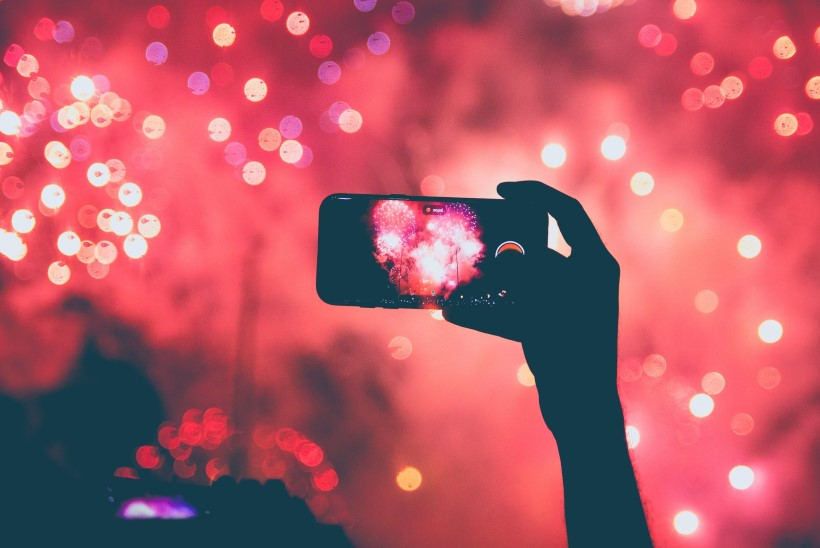 9 lihtsat nippi, mille abil ilutulestik kaunilt pildile või videole jäädvustada