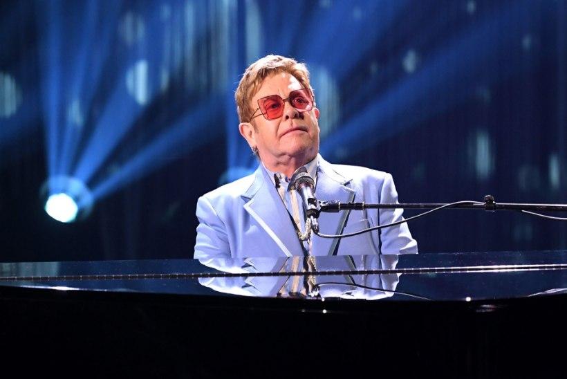 Elizabeth II andis Elton Johnile erilise tiitli
