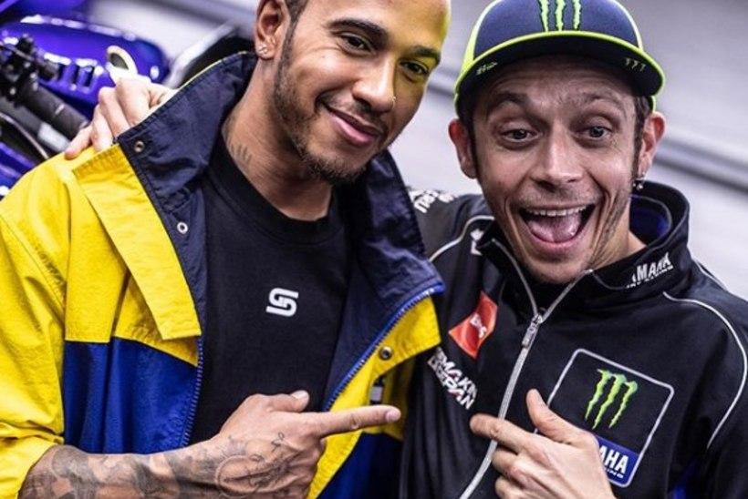 PÕNEV! Legendid Lewis Hamilton ja Valentino Rossi vahetasid tööratsusid