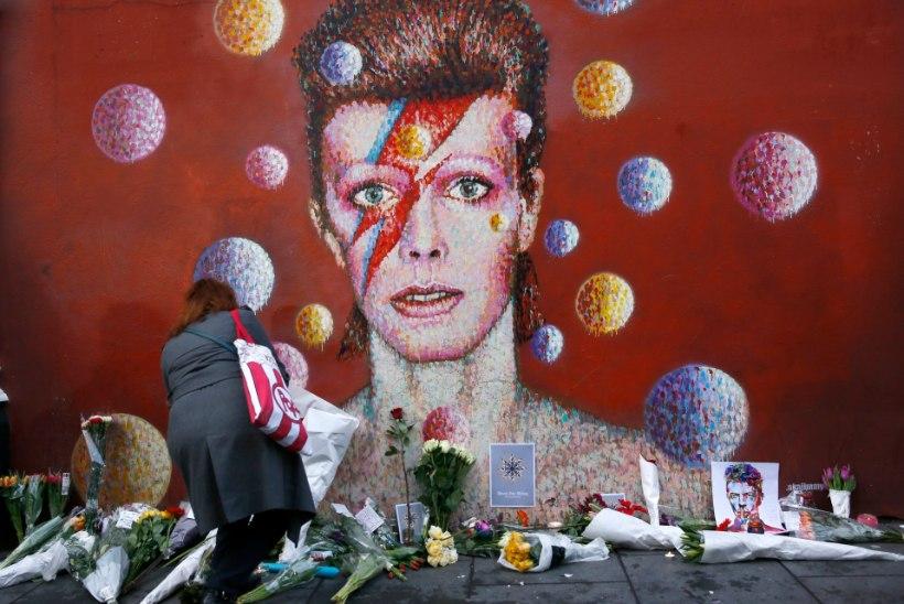 Bowie poeg ei luba isa eluloofilmis tema muusikat kasutada